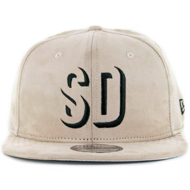31105fb0e23 ... New Era x Billion Creation 9Fifty San Diego Shadow 1904 Snapback Hat Tan