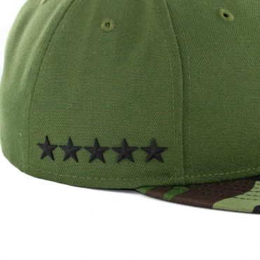 ... New Era 59Fifty Chicago Cubs 2017 Memorial Day Fitted Hat Hunter Green  Camo 4f0d460db7f