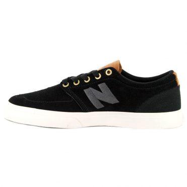 New Balance 345 Shoe Black Brown
