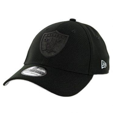New Era 39Thirty Oakland Raiders Training Onfield Sideline 2018 Stretch Fit Hat Black