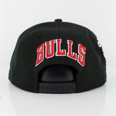 New Era 9Fifty Chicago Bulls Logo Wrap Snapback Black